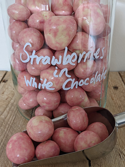 Strawberries in White Chocolate - 100g