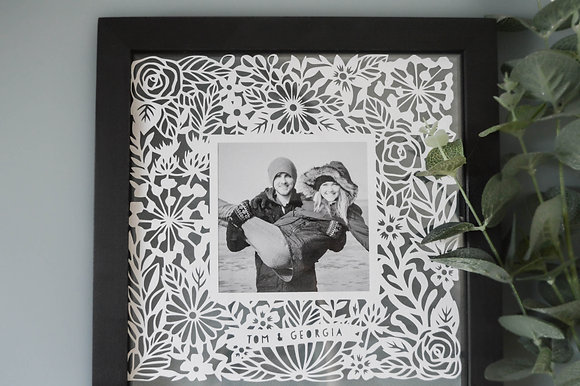 PERSONALISED PHOTO FRAME PAPERCUT