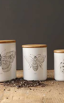 Palmetto Collections- bee ceramic storage canister