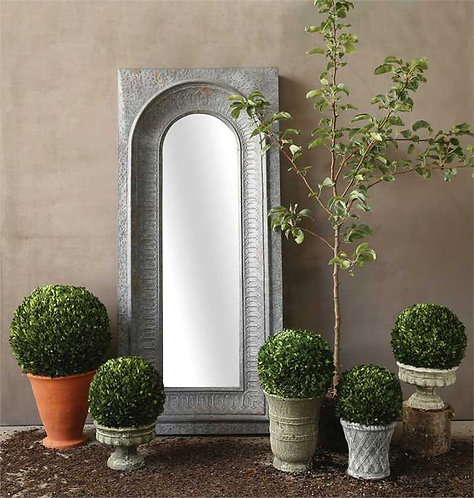 Palm Beach Collection- single-ball topiary