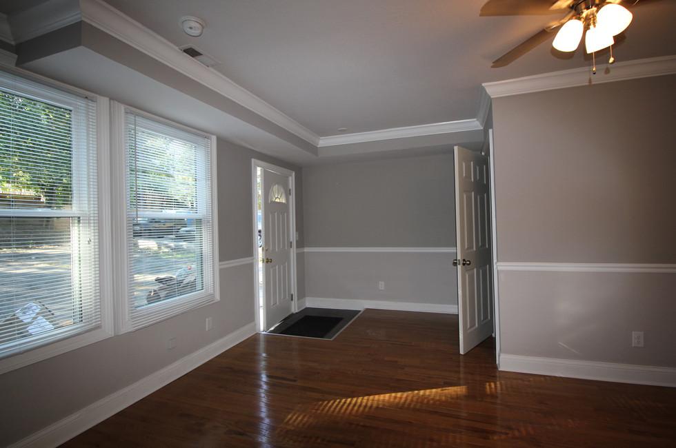 Bright Living Room - 117 Perrin, Apt 3.J