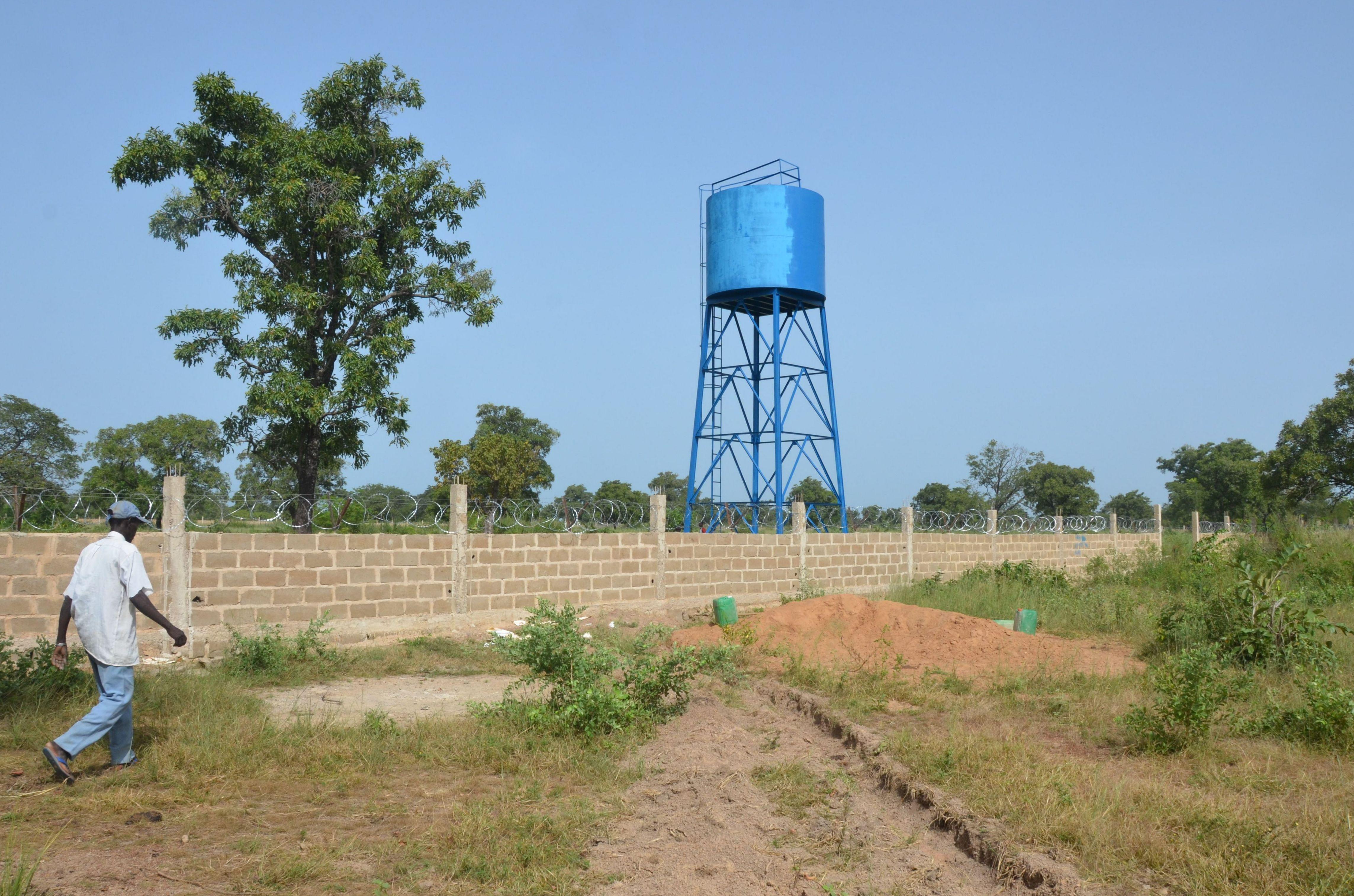 Depósito de agua instalado