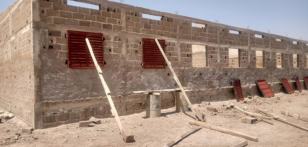 Haz clic para ver más fotos de la construcción del tercer edificio de la escuela