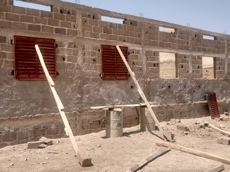 La construcción del tercer edificio de la escuela de Kanso avanza