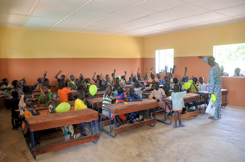 Haz clic para ver más fotos de la inauguración de la escuela