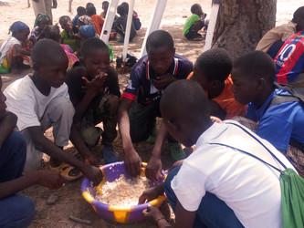 Una cantina escolar en Kanso
