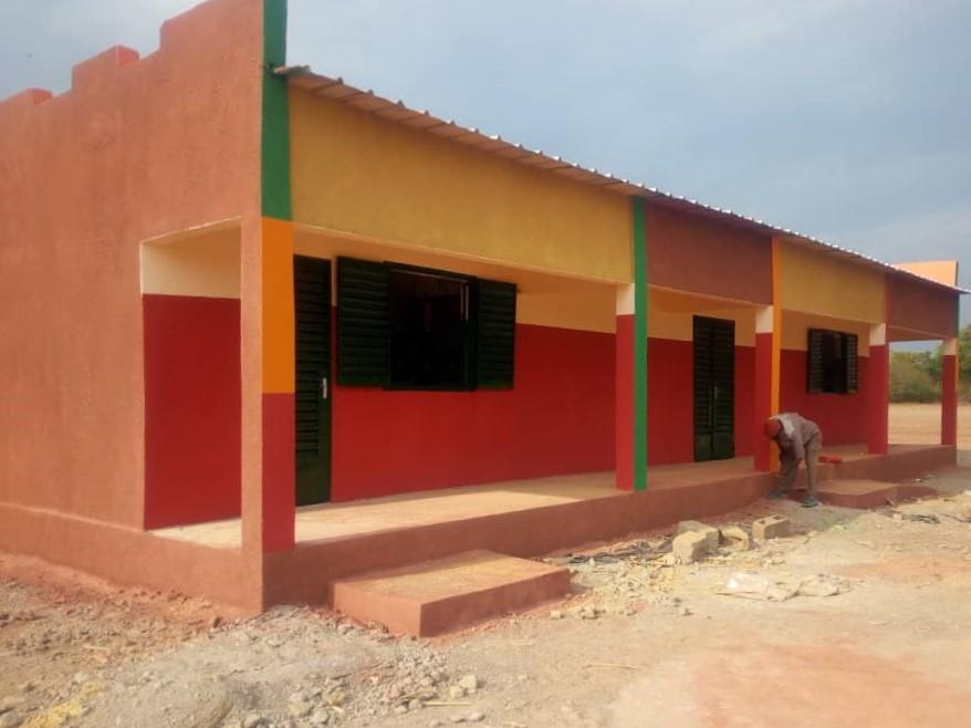 Edificio de la biblioteca terminado