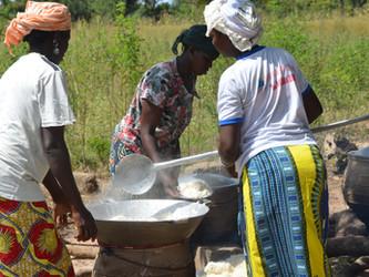 La cantina sigue ofreciendo comida diaria a los alumnos