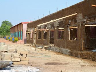 El segundo edificio de la escuela de Kanso está muy avanzado