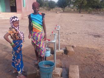 La escuela de Kanso ya tiene agua corriente