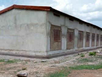 Terminado el segundo edificio de la escuela de Kanso