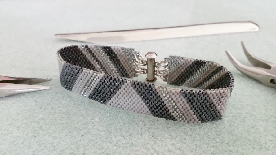 bracelet02