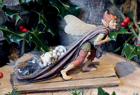 Faerie Jewel Thief, sculpture, Andrew Bill, Made in England, UK, fantasy