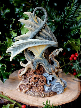 The Laidly Wyrm, dragons, Andrew Bill. Made in the UK, England