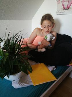 2. Max Beckmann- Frau mit Katze