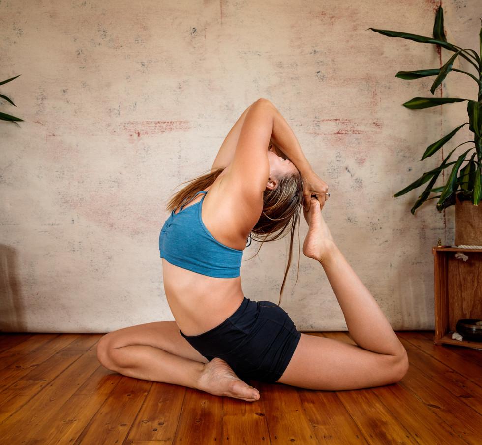 Maria Gray Yoga 2020-7.jpg