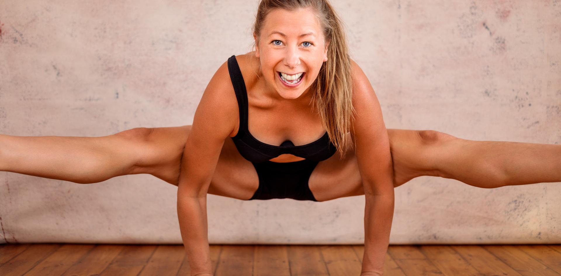 Maria Gray Yoga 2020-11.jpg