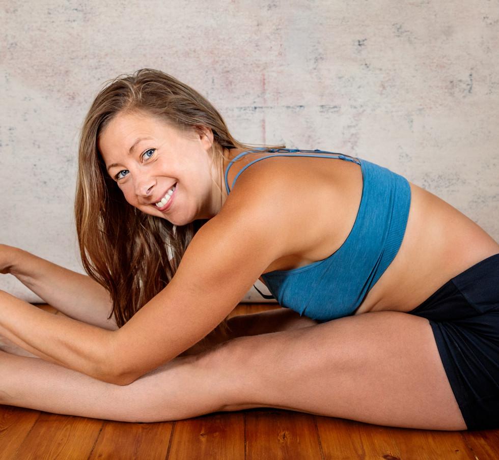 Maria Gray Yoga 2020-6.jpg
