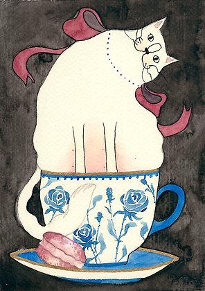 Inktober 7 - Gata pija en taza con macaroon