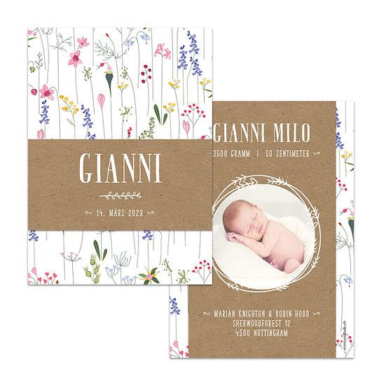 Geburtskarte Babykarte Muskatpapier Blumenmuster und Foto in Kränzchen Kranz mit Blumen