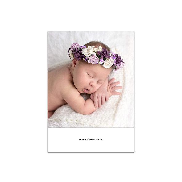 Minimalistische Geburtskarte schlicht