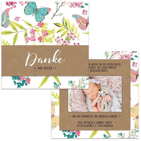 Dankeskarte Geburt Blumen und Schmetterlinge mit Handlettering auf Kraftpapier