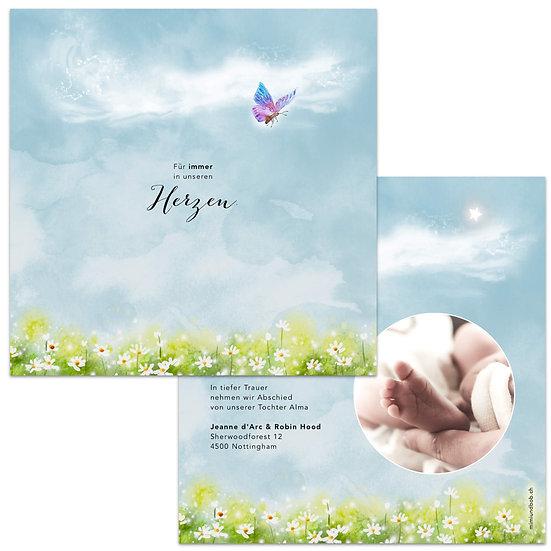 Trauerkarte für Sternenkind Geburtskarte mit Schmetterling fliegt nach oben