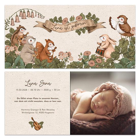 Geburtskarte Babykarte rustikaler Boho Stil mit Tieren und Instrumenten machen Musik Konzert Maus Hase Eule Eichhörnchen