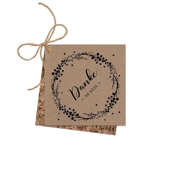 Dankeskarte Geburt Kraftpapier mit Fotokarte und Sisalschnur im Boho Stil mit Kränzchen