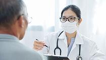 urgent-care-doctor-patient-700px.jpg
