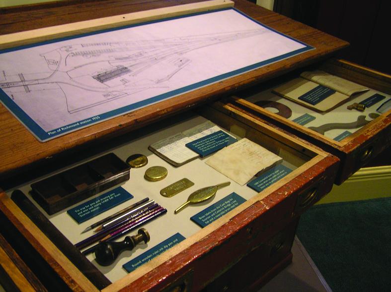 Showcase drawers
