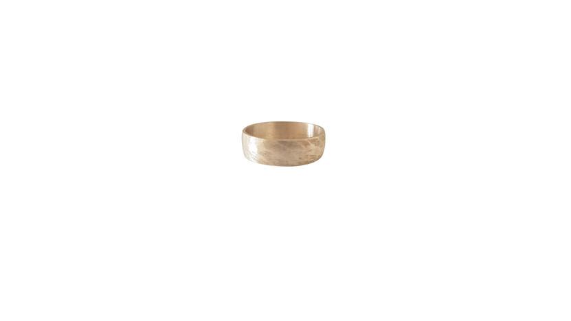 Regular band ring