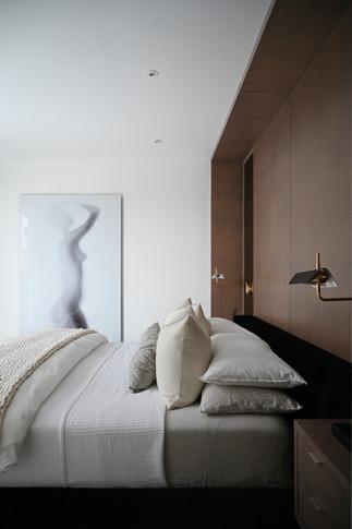 Master Bedroom2 (Bed, Light Off) - Final