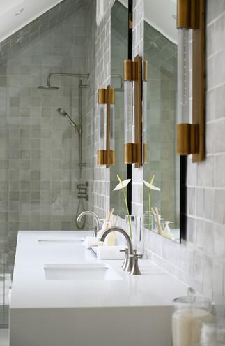 KimberlyCzornodolskyj_Botfield_Bathroom.