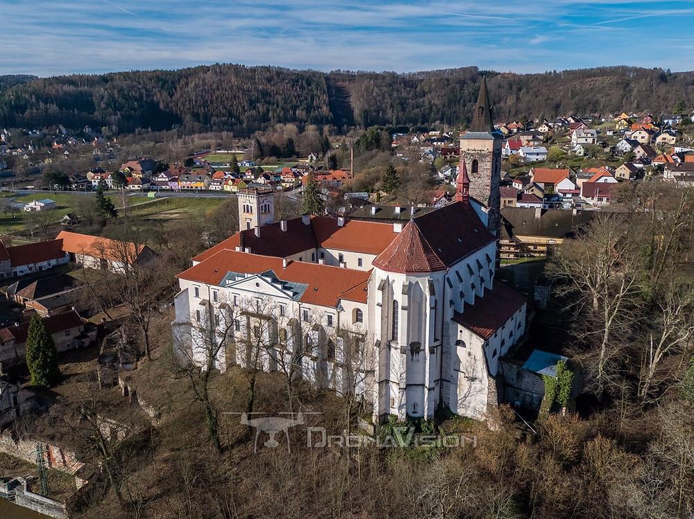 Sázavský klášter před obnovou