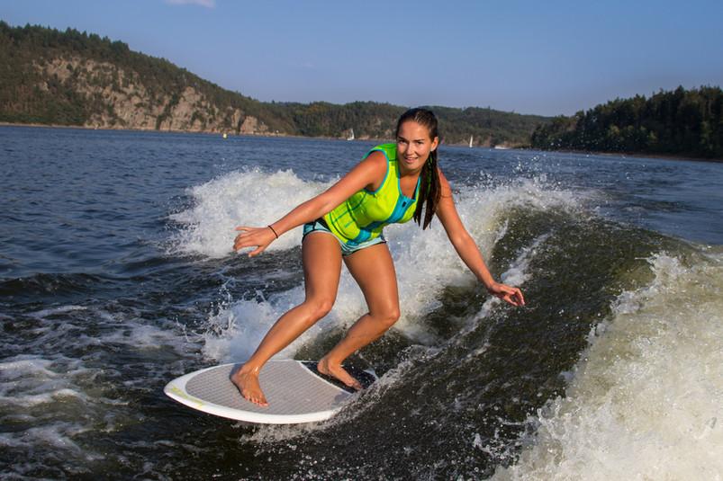 Pavla wakesurf