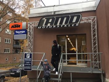 I vinter ser vi nærmere på KTM og Triumph