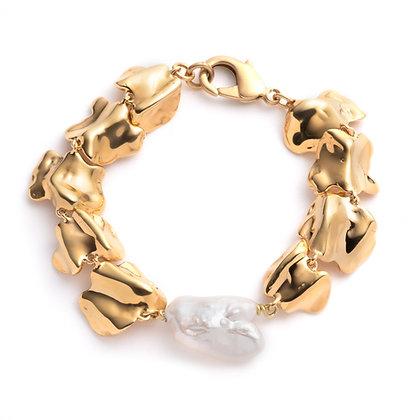 Vertebrae Pearl Bracelet | Gold