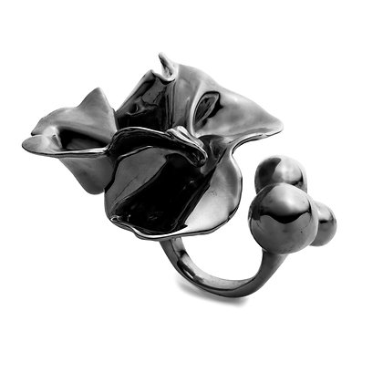 Delphinium Ring | Mirror Black