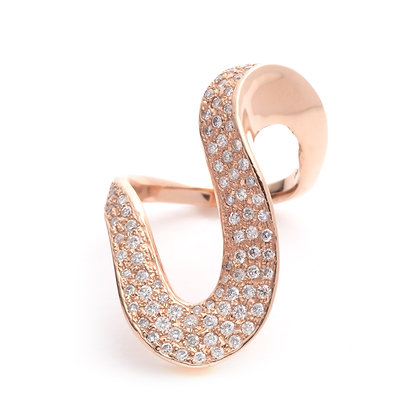 Pavé Diamond Wave Ring | 18-Karat Rose Gold