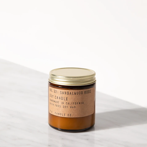 P.F. Candle Co. No. 32 Sandalwood Rose Small Duftkerze