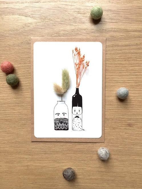 "Postkarte ""MONSIEUR, MADAME"" mit getrockneten Blüten"