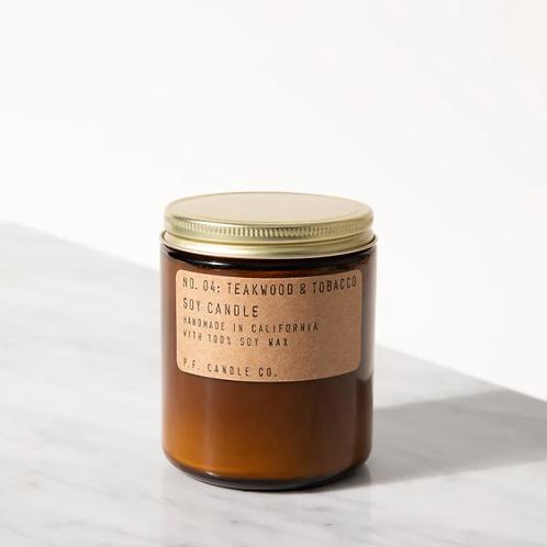 P.F. Candle Co. No. 4 Teakwood & Tobacco Standard Duftkerze