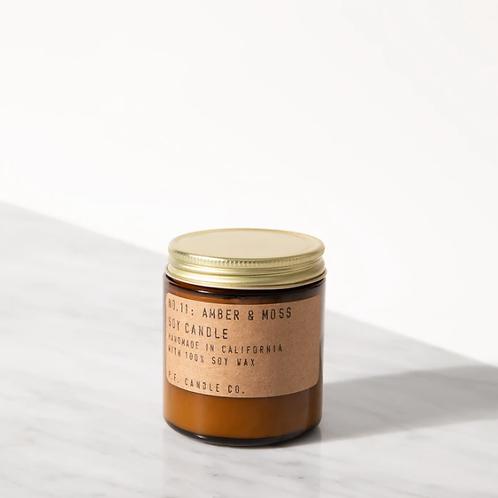 P.F. Candle Co. No. 11 Amber & Moss Mini Duftkerze
