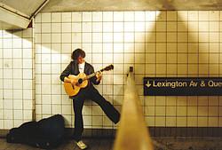 SubwayBuskerNYCcropped