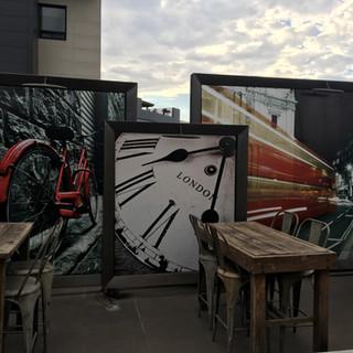 Instalación de fotomurales exteriores para nuestros clientes de Pepper Kitchen Bar en San Pedro Garza García