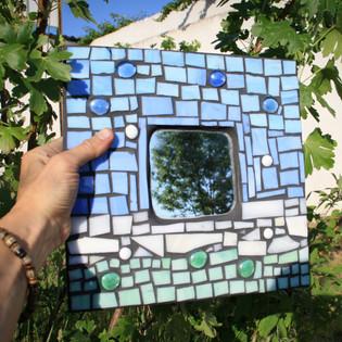 zrcadlo s mozaikou