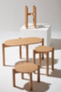 Seria stolików kawowych, stołków i kwietników PIANO