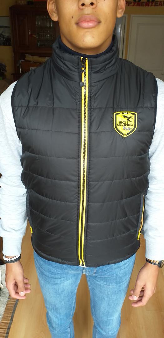 Promotion veste manches courtes