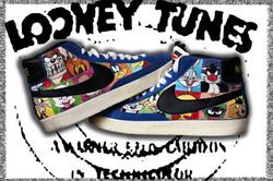 Nike Looney Tunes dipinte a mano